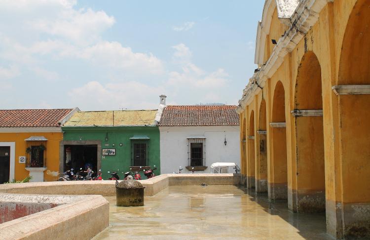 square-antigua-guatemala