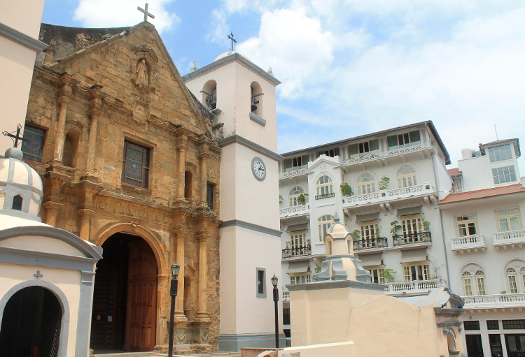 Things to do in Panama City -- Spanish colonial churches