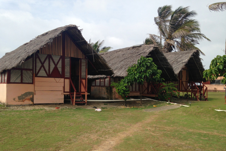 Panama to Colombia - huts in the San Blas Islands