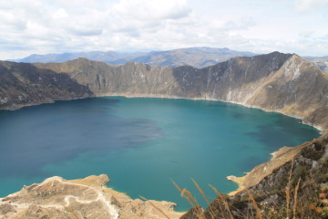 The easy version of the Quilotoa Look, Ecuador