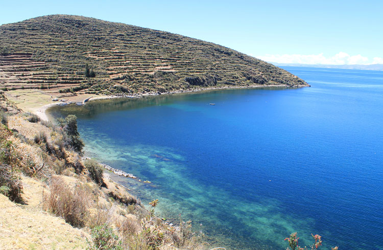 Seeing amazing blue water while hiking Isla del Sol, Bolivia