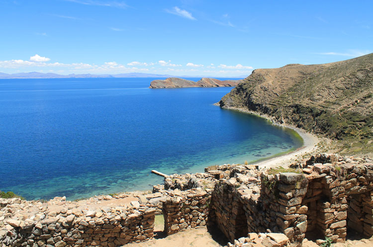 Hiking Isla del Sol, Bolivia: Chincana ruins