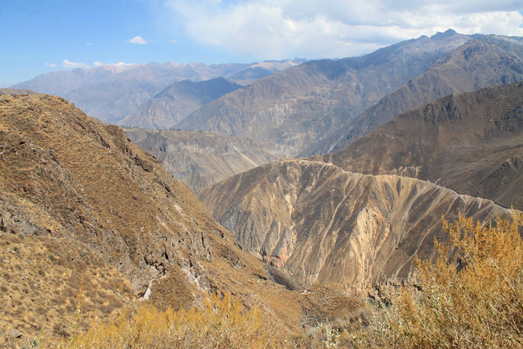 The 2 day Colca Canyon Trek, Peru: Starting the trek