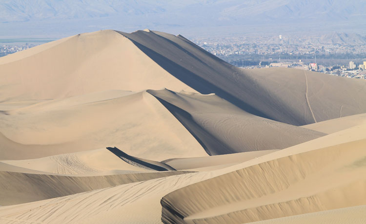 dunes-huacachina-ica-peru