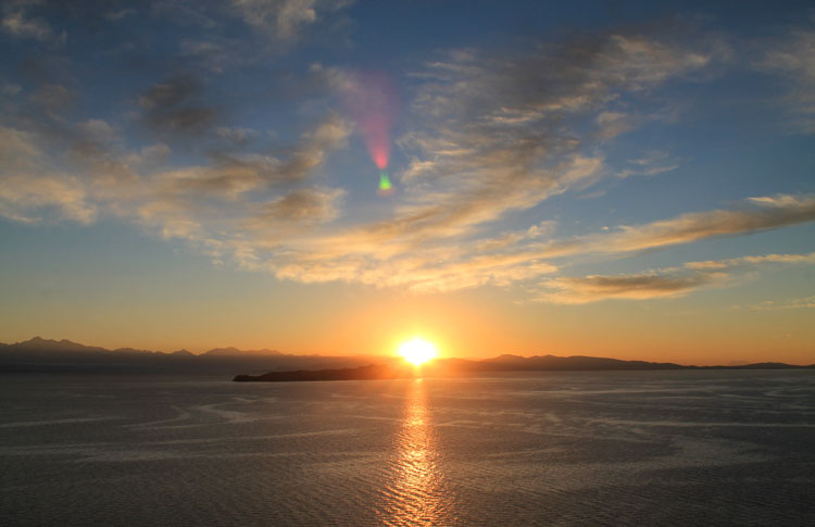 Hiking Isla del Sol, Bolivia: Sunrise in Yumani