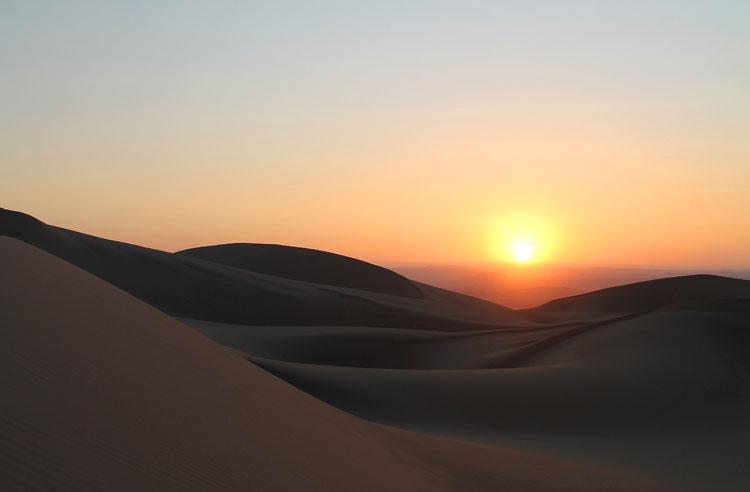 sunset-huacachina-peru