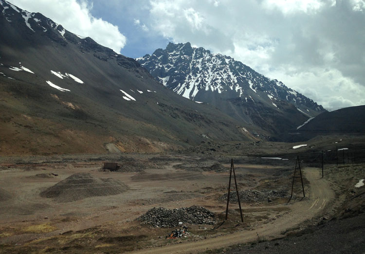 Buenos Aires to Santiago by bus: Scenic Andes Mountains