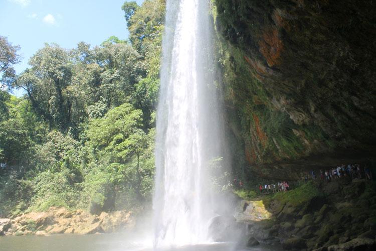 misol-ha-waterfall-chiapas-mexico
