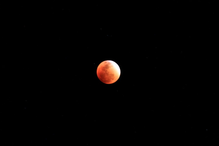 super-blood-moon-peru