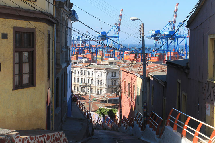 Day trip to Valparaiso, Chile: The port and old houses