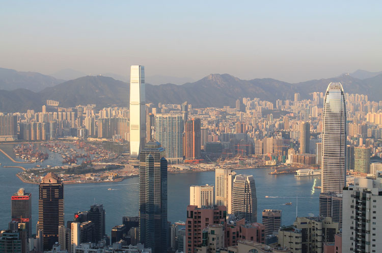 Backpacking in Hong Kong: View from Victoria Peak