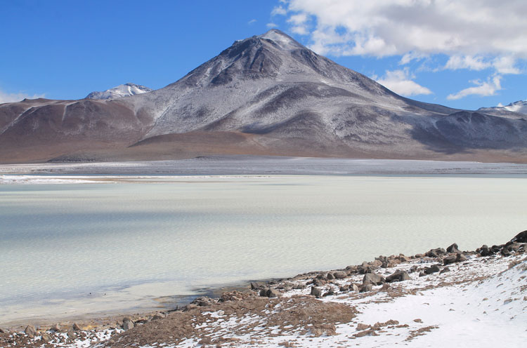 white-lake-bolivia