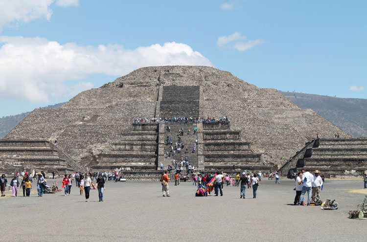 Teotihuacan, pyramids near Mexico City: Pyramid of the Moon
