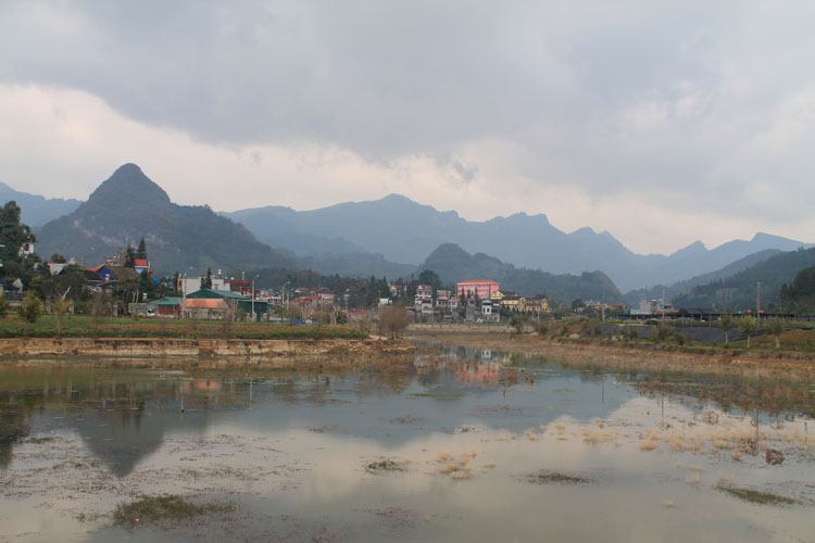 Visiting Sapa in winter -- Bac Ha mountains