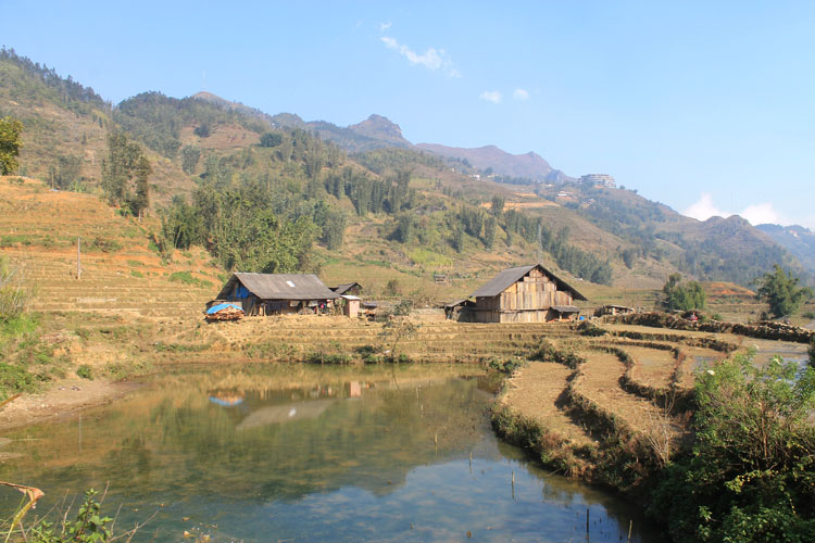Visiting Sapa in winter -- Cat Cat village