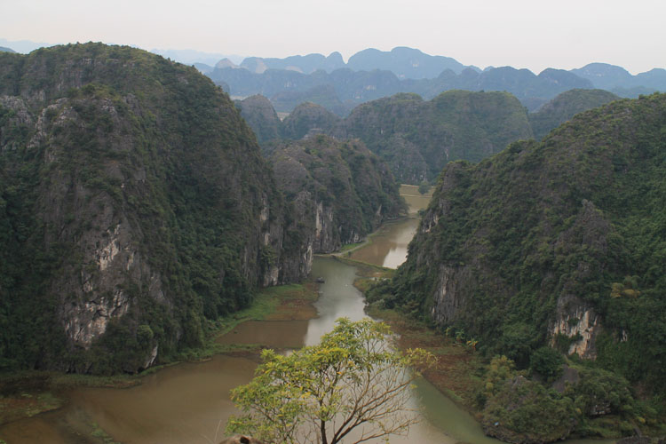Backpacking in Vietnam: A viewpoint near Ninh Binh