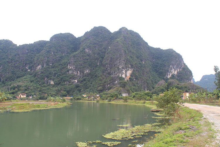 The Ninh Binh countryside on the way to Trang An Grottos, Vietnam