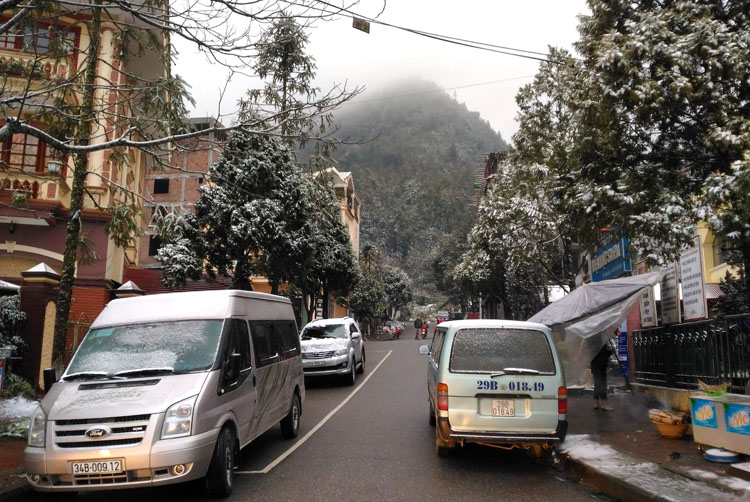 Backpacking in Vietnam: Snow in Sapa