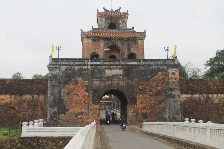 A day in Hue, Vietnam -- Imperial Citadel gate