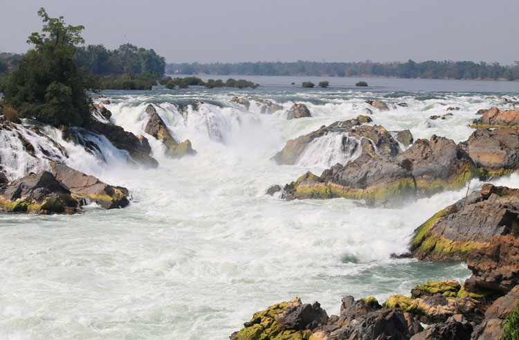 A 3 day Mekong River cruise in southern Laos -- The Khone Phapheng Falls