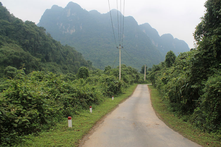 Backpacking in Vietnam: Phong Nga