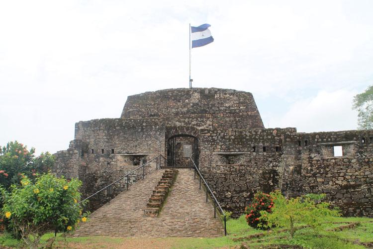 backpacking in Nicaragua -- El Castillo