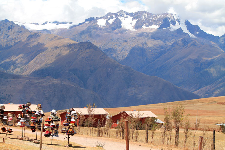 A day trip to Moray and Salinas de Maras, Peru -- Moray market