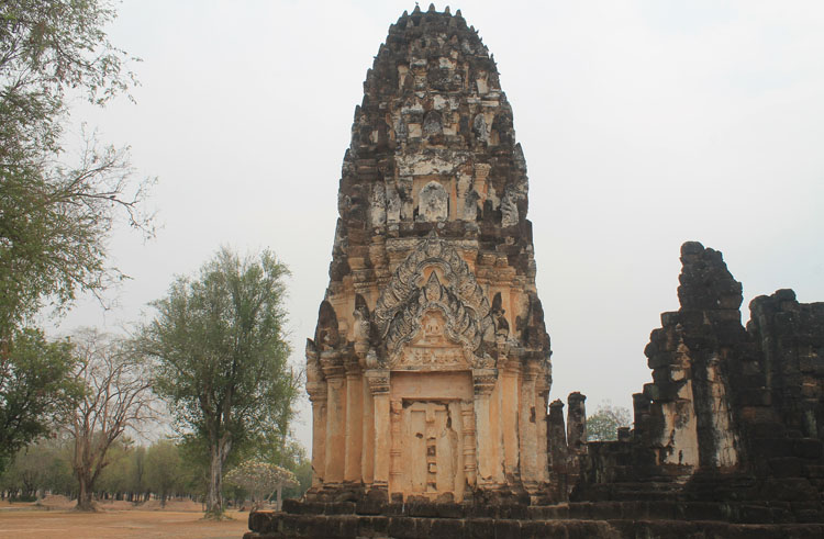 Cycling between Ancient Ruins in Sukhothai, Thailand -- Wat Phra Lai Luang