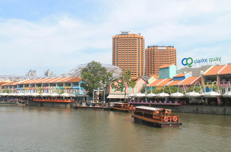 Downtown Singapore -- Clarke Quay