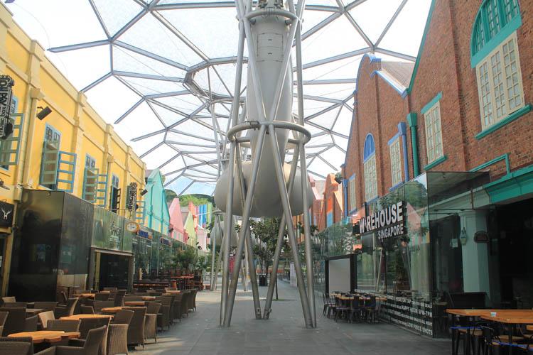 Downtown Singapore -- Clarke Quay bars