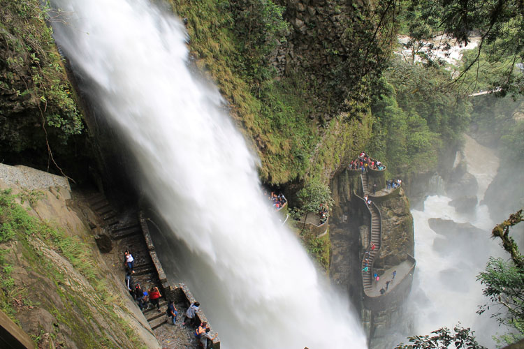 Stunning natural wonders in South America -- Devil's Cauldron, Ecuador