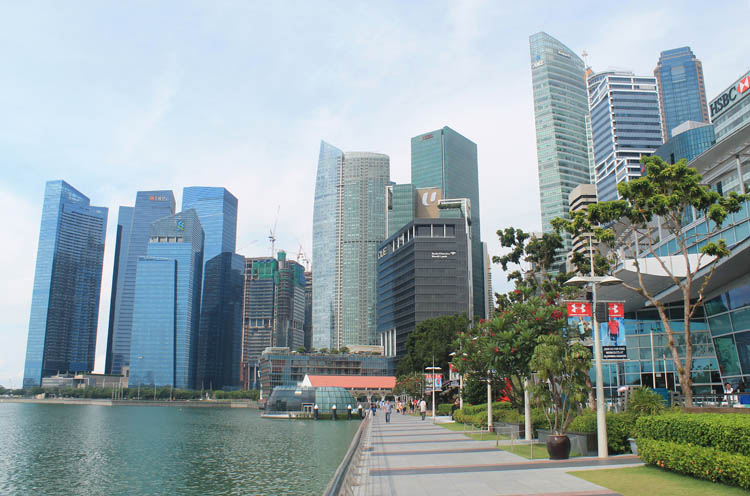 Downtown Singapore -- Marina Bay