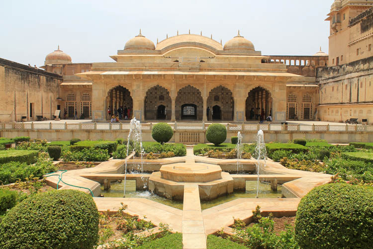 Touring the Forts and Palaces in Jaipur, India -- Amber Palace Gardens