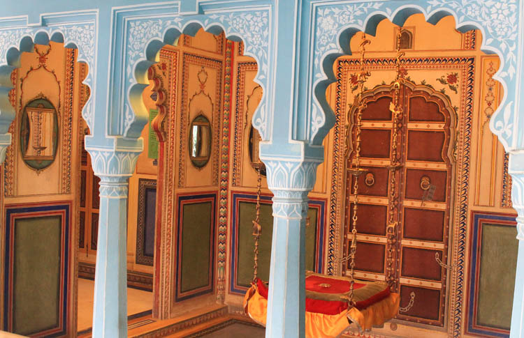 palace-details-udaipur