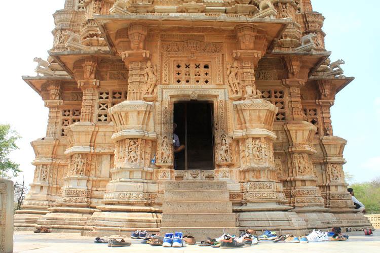 victory-tower-chittorgarh-india