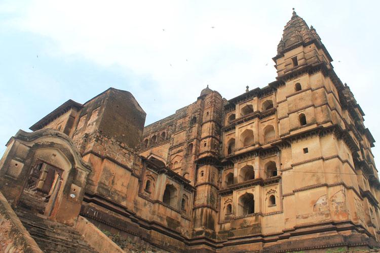 Chaturbhuj-temple-orchha