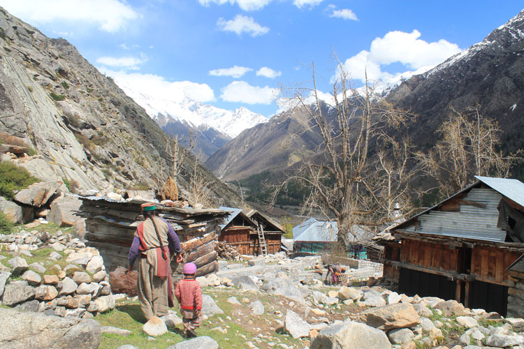 chitkul-village-kinnaur-india