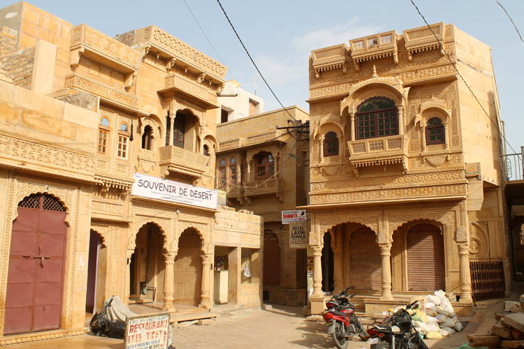inside-jaislamer-fort