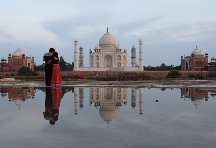 taj-mahal-reflection