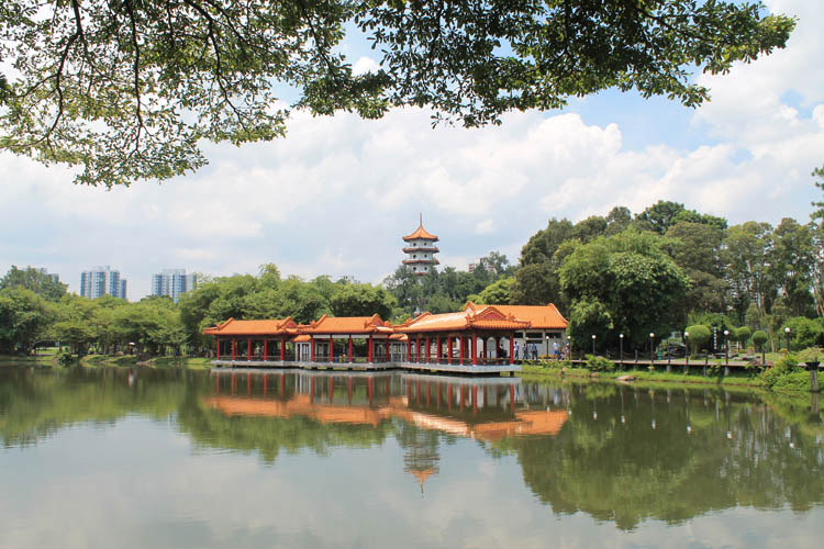 things-to-do-in-singapore-chinese-gardens
