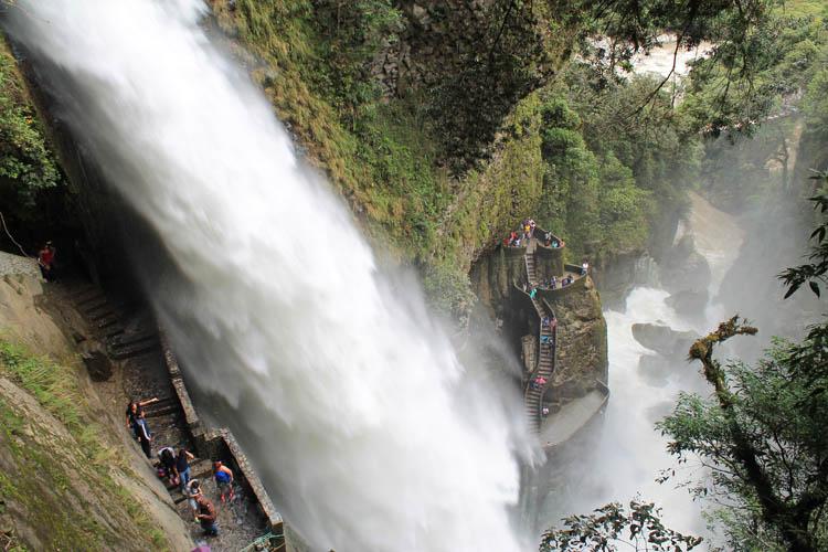devils-cauldron-waterfall