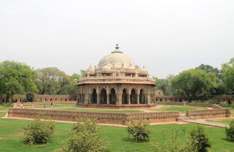 isa-khan-niyazi-tomb-delhi