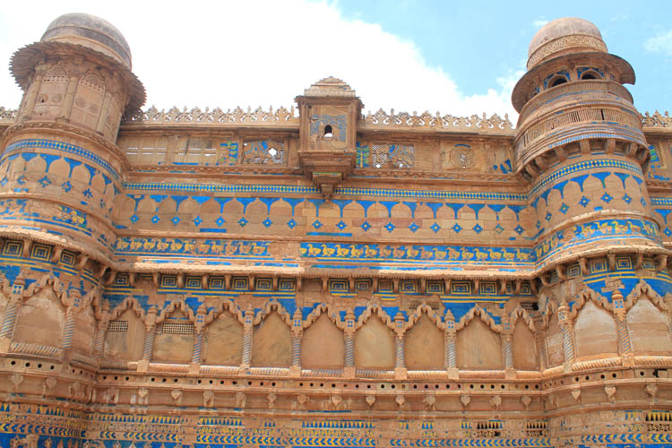 man-mandir-palace-colours