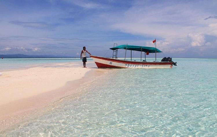 A tour to Pasir Timbul, Raja Ampat, West Papua, Indonesia