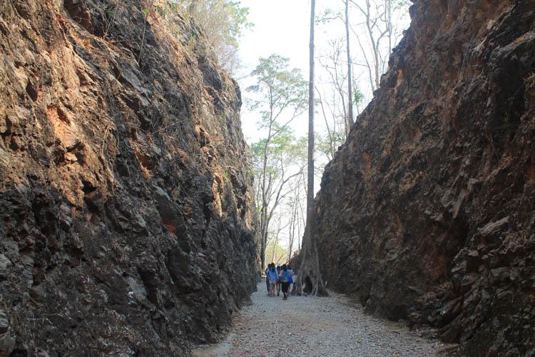 Things to do in Kanchanaburi, Thailand -- Hellfire Pass tour