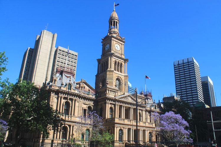 A day in Sydney, Australia -- Sydney Town Hall