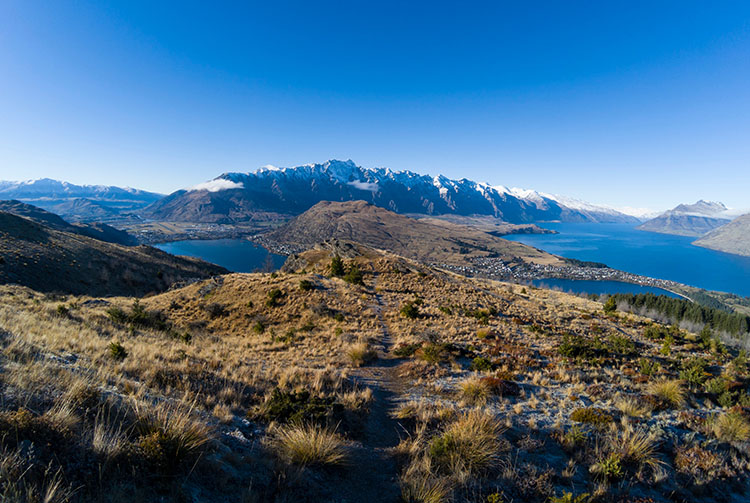 Two week New Zealand itinerary: Queenstown Hill