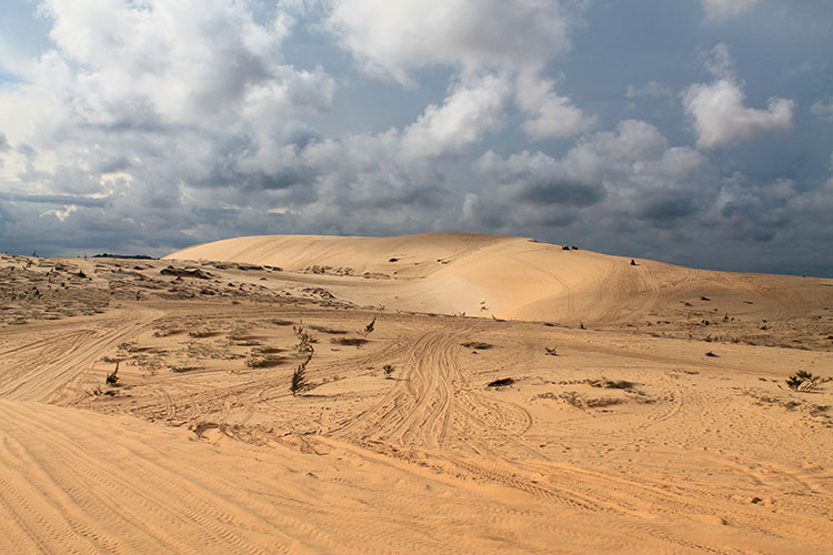 What Is the Mui Ne Sand Dunes Tour Really Like? | Jonistravelling