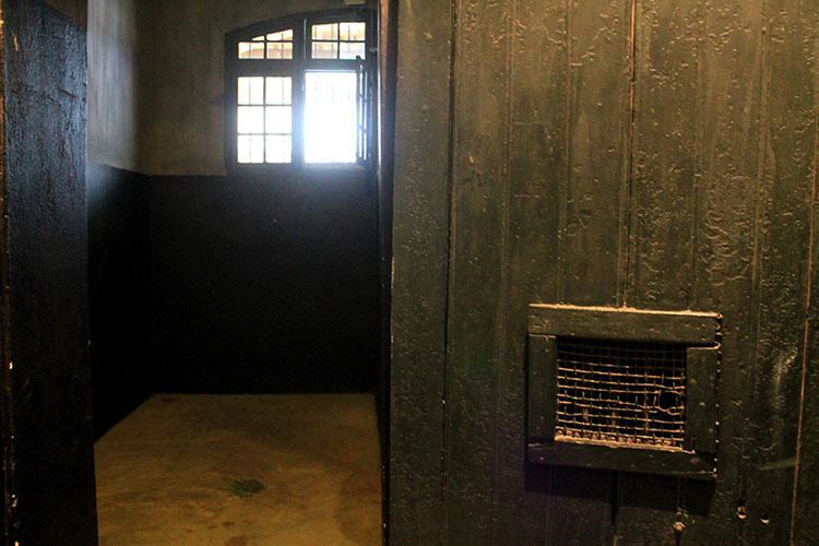 Things to do in Hanoi, Vietnam -- The Hanoi Hilton