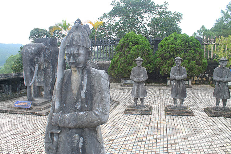 Two weeks in Vietnam: Hue tomb tour